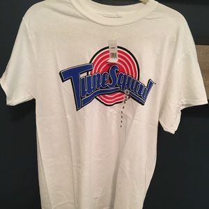 Other - NWT TUNE SQUAD MENS SIZE MEDIUM T SHIRT